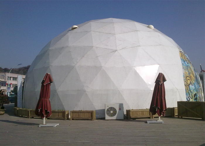 Dome tent 6.jpg